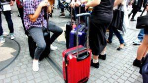 【海外旅行トラブル】初のヨーロッパ旅行でバッグを丸ごと盗まれた!